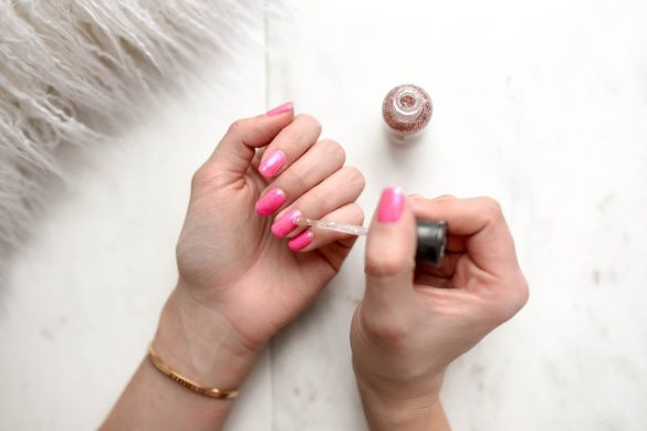 take off acrylic nails without acetone